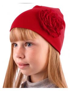 Шапка весенняя для девочек красная с плоской розой